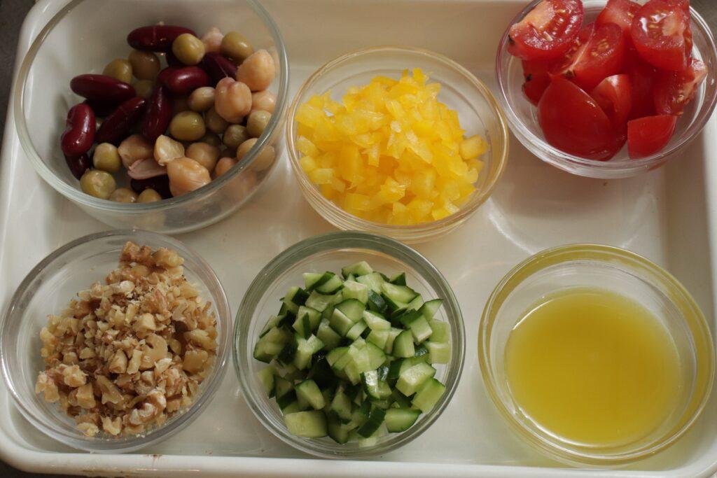 「簡単カフェごはん♪ブラウンライスサラダ」作り方1